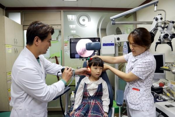10-유소아급성중이염1등급.jpg